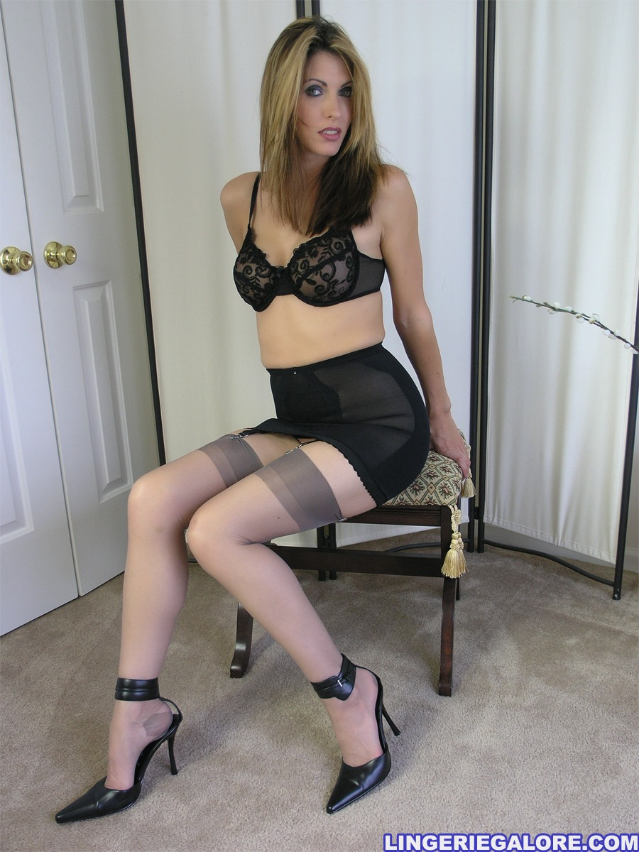 Lingerie Fetish Tenue Fetish inspiration BDSM et 50